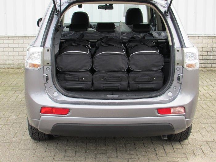 Mitsubishi-outlander-PHEV-13-Car-Bags-5