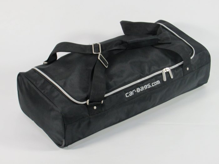Mitsubishi-outlander-PHEV-13-Car-Bags-9